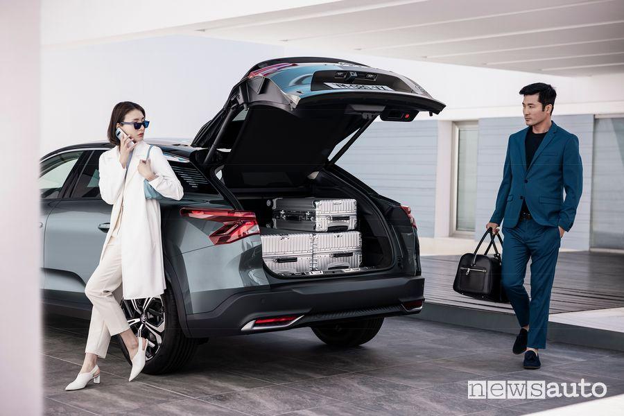New Citroën C5 X passenger compartment trunk