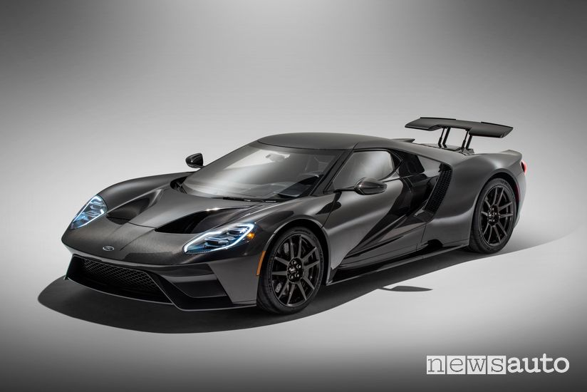 Ford GT 2020 Liquid Carbon profile view