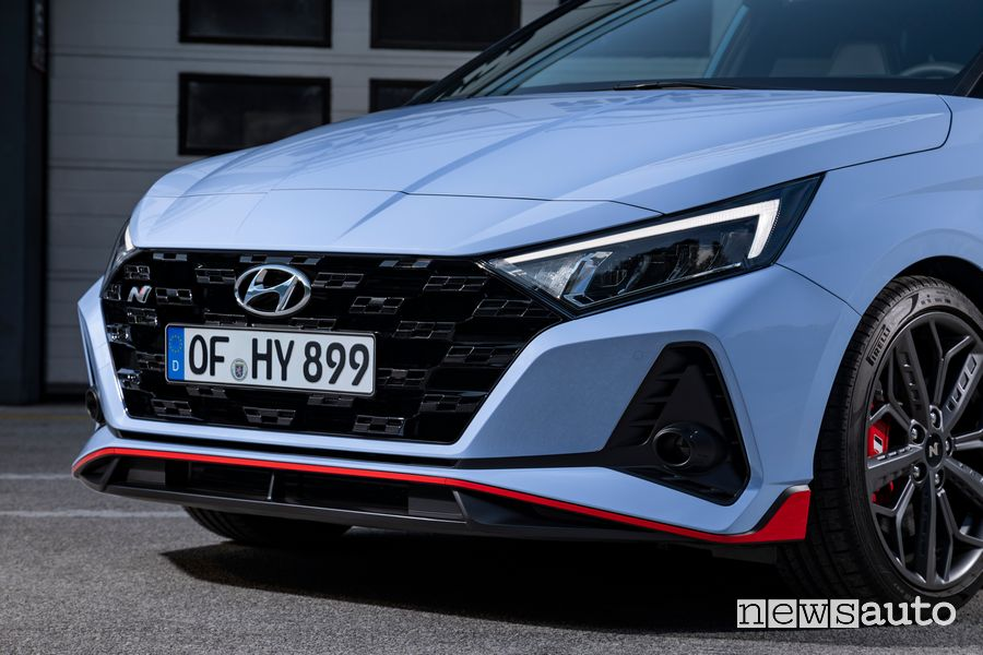 Hyundai i20 N front bumper and grille