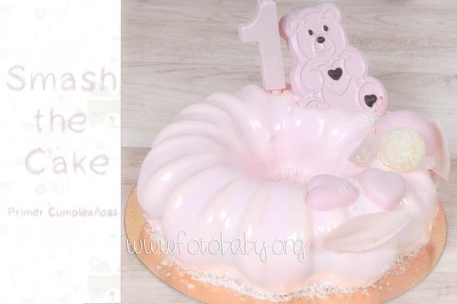 Smash the cake primer cumpleaños