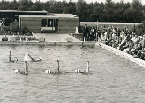 hendrik oosterhuis zwembad 1963-opening