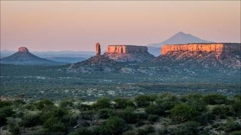 18-namibië landscape-20
