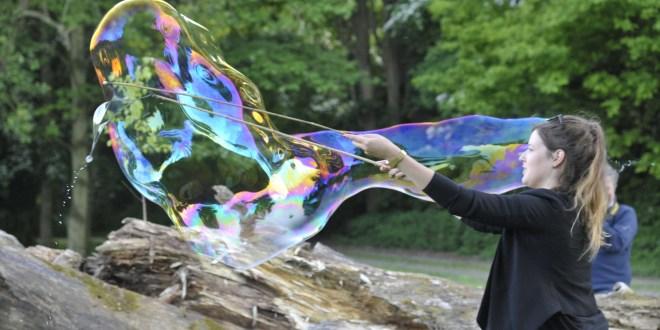 Achter de schermen: praktijkavond zeepbellen