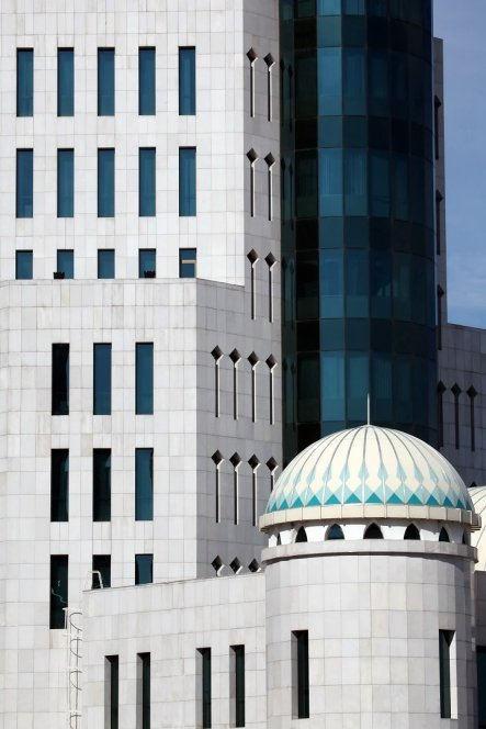 foto 3 architectuur in Astana (foto Jozef Mols-
