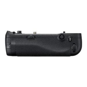 Nikon MB-D18 Multi Battery Power Pack