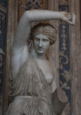 Ranna Amazonka - rzymska kopia z epoki Hadriana, będąca prawdopodobnie (nowożytną?) kompilacją torsu wg Fidiasza i głowy wg Polikleta