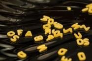 B = Buchstaben