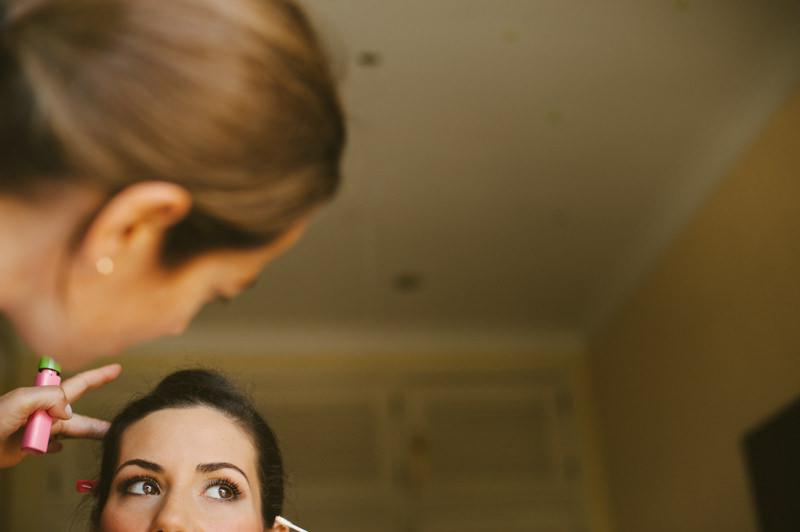 Porto wedding photographer - portrait of bride during makeup