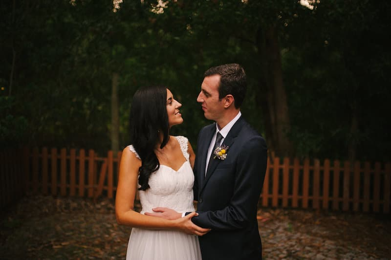 Fotógrafo de casamento descontraído