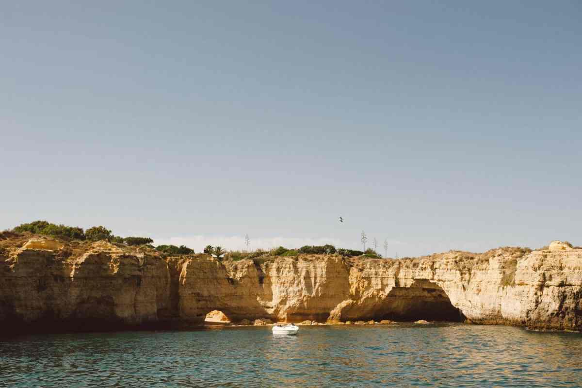 Secret beach wedding Portugal 068