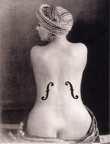 fotografia kiki man ray violino