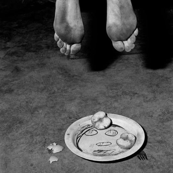 Roger Ballen pellicola fotografia natura morta bianco e nero analogica