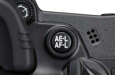 Il pulsante di blocco dell'esposizione e di blocco automatico della messa a fuoco AE-L AF-L AEL