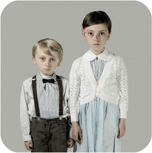 Cécile Decorniquet fotografa francese serie sull'infanzia