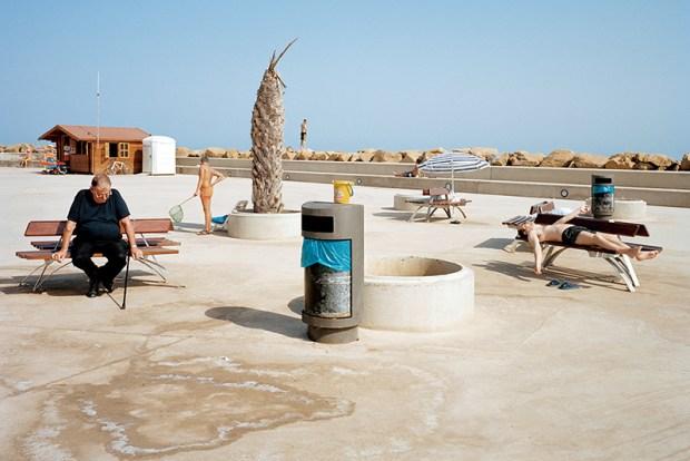 Txema Salvans fotografia fotografo spagnolo relax spiaggia e contradidizioni