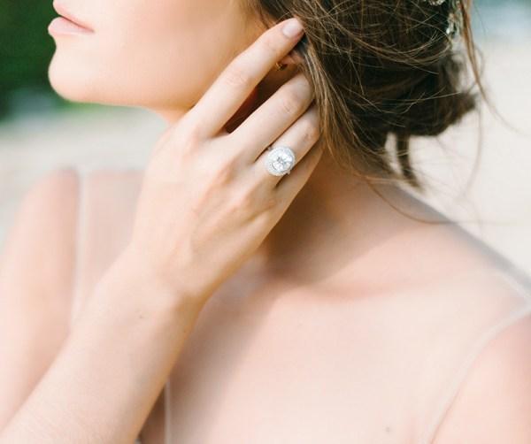 fotografare foto fotografia in maniera professionale prodotti still life per pubblicita anelli collane bracciali gioielli