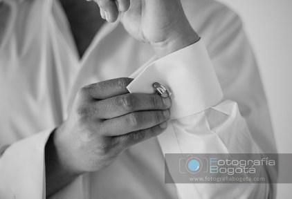broche-novio-traje-romantico-estilo-clase-hermoso-boda-matrimonio