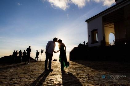 sesion-de-fotos-para-parejas-monserrate-fotografias-pre-boda-post-boda-fotografias-creativas