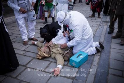 Aliano (MT) , 04 marzo 2014 (martedì grasso). La sfilata nel paese, che comprende anche le maschere proveniente da Teana (PZ) e Ticarico (PZ)