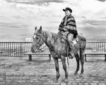 Rotondella (MT). Un cavaliere proveniente da Pisticci (MT)