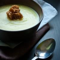 Kremowa zupa kalafiorowo-ziemniaczana