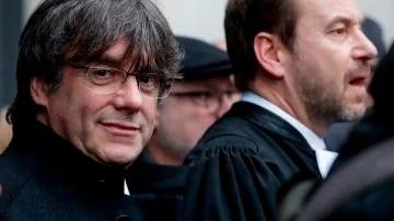 Multa de 1.200 euros por desear la violación de Carles Puigdemont ...
