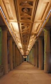 Kolonnaden an der Alten Nationalbibliothek