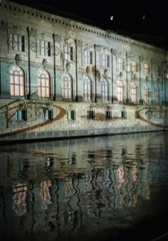 Projektion an der Spreeseite des Bodemuseums