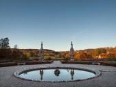 Chateau Bussy-Raputin (Garten gegen Abend)