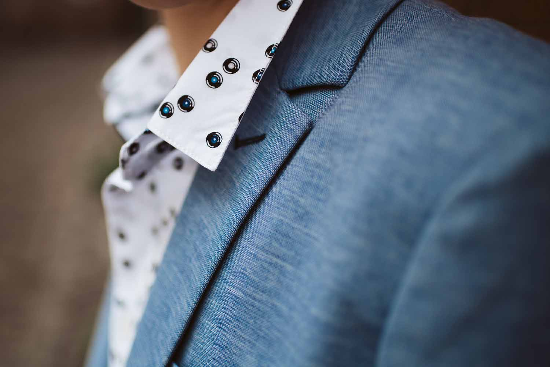 communie jongen detail hemd