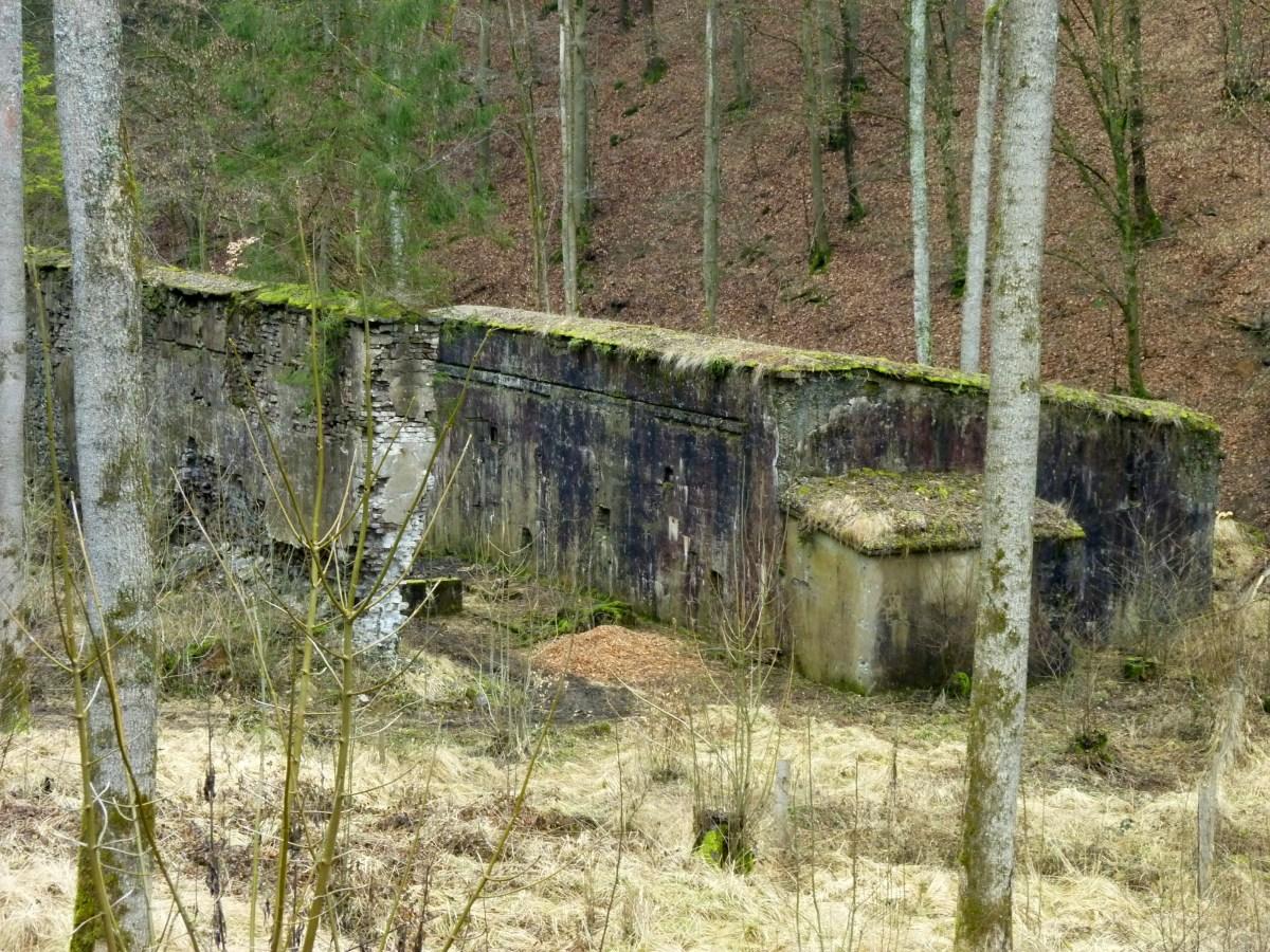 Ruinen 4