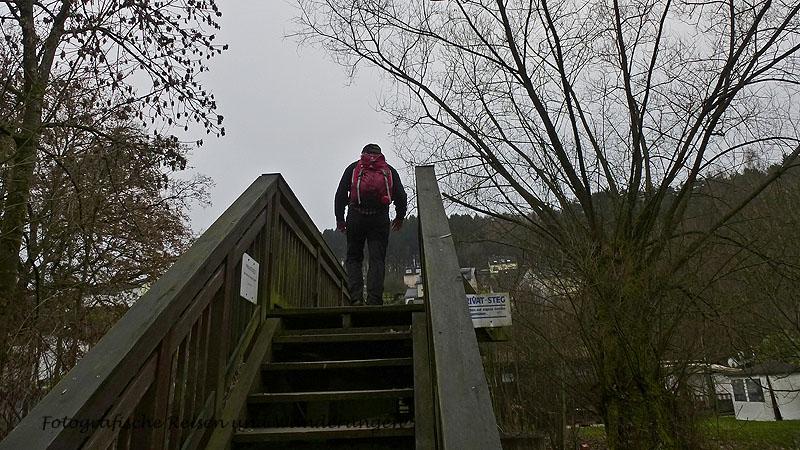 Treppe hoch