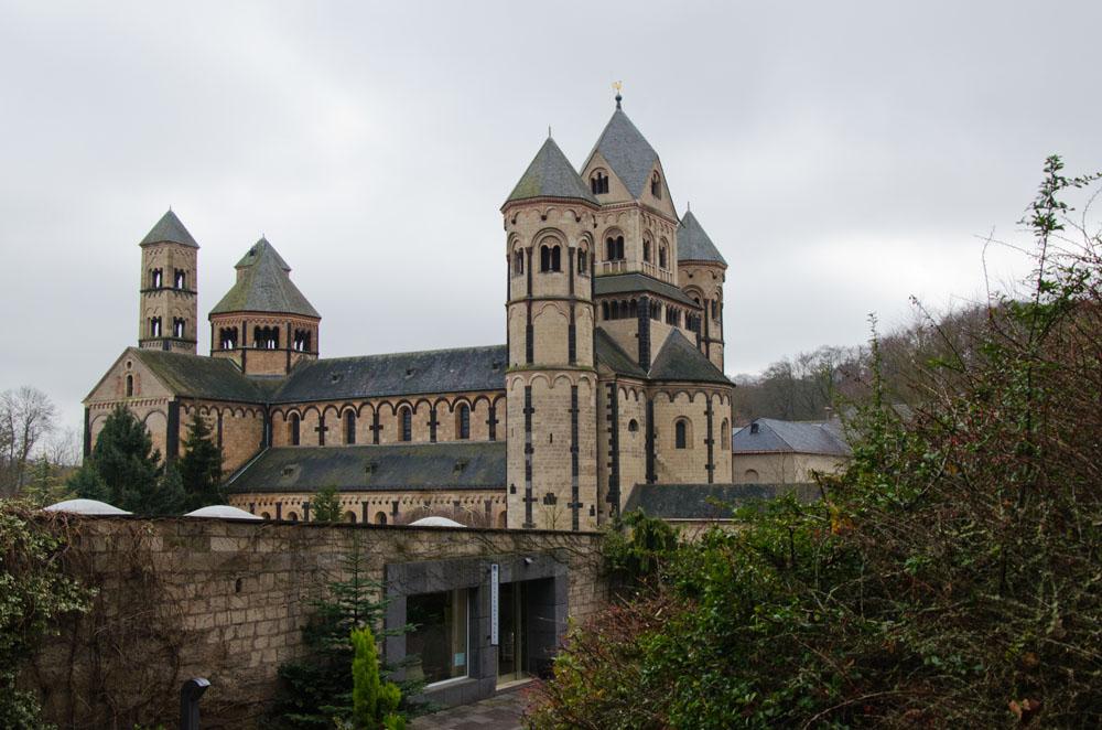 Rund um den Laacher See - Kloster