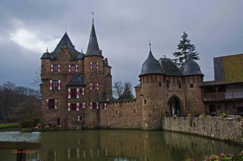 Burg Satzvey und den Katzensteinen (2)