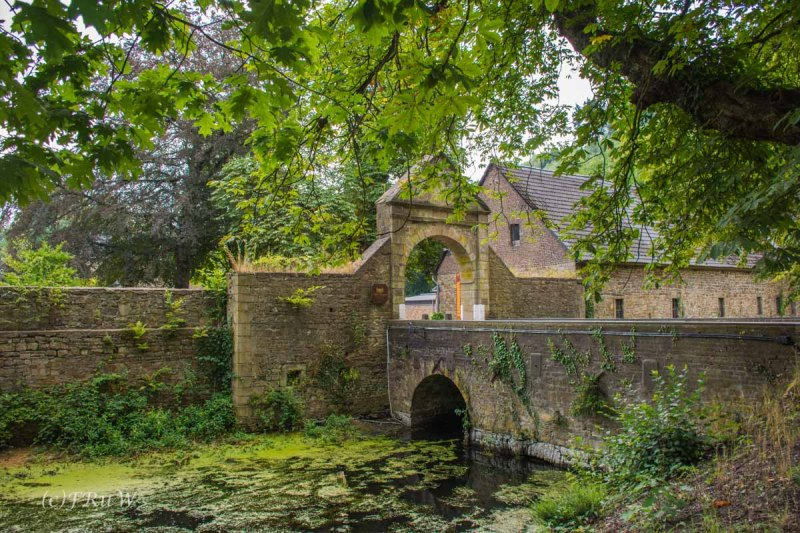 Schloss_Hugenpoet (2)