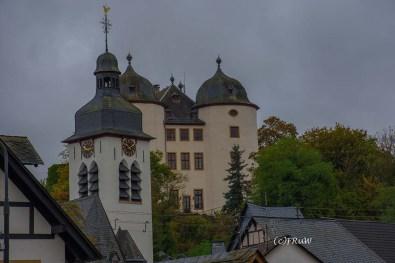 Blick auf Kirche und Schloss GEmüden