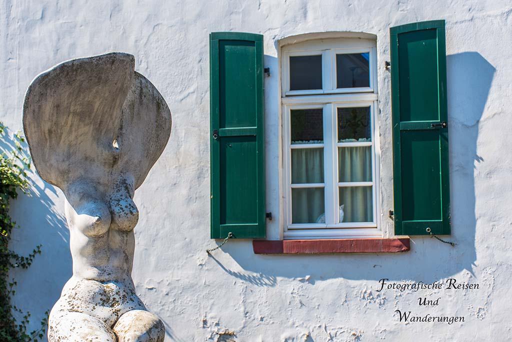 """Haus Mehlau """"Erinnerung an einen Baum"""""""