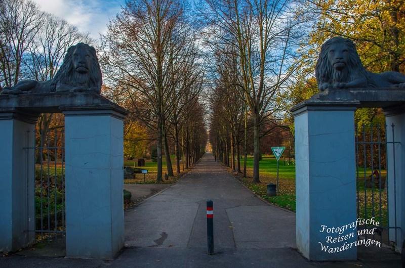 Eingang Schlosspark Stammheim