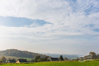 Auf dem Weg nach Prombach- Blick in die bergische Landschaft