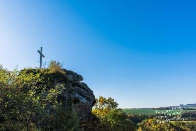 Gipfelkreuz der Burgruine Hunolstein