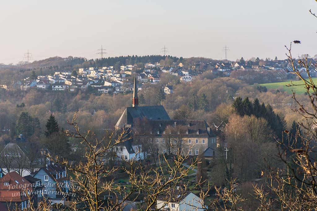 Bilsteiner Kopf - Blick auf die Klosterkirche