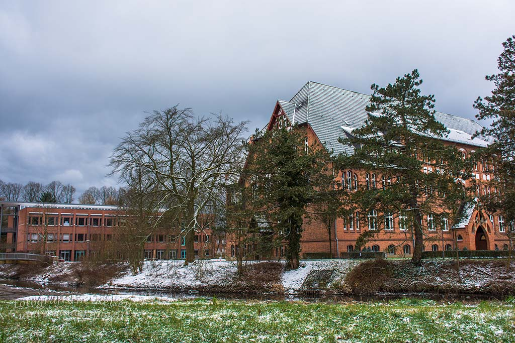 St. Antonius Gymnasium und Seniorenheim