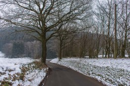 Langweilige Straße Richtung Campingplatz Lambacher Höhe