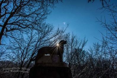 Rüdenstein im Sonnenlicht oder auch, beinahe mit Heiligenschein