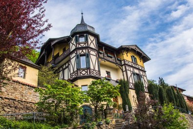 Die Villa am Ortsrand