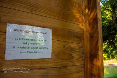 Es ist traurig, dass solche Schilder nötig sind, sehr traurig!