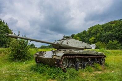 Panzer am FORT D'EBEN EMAEL