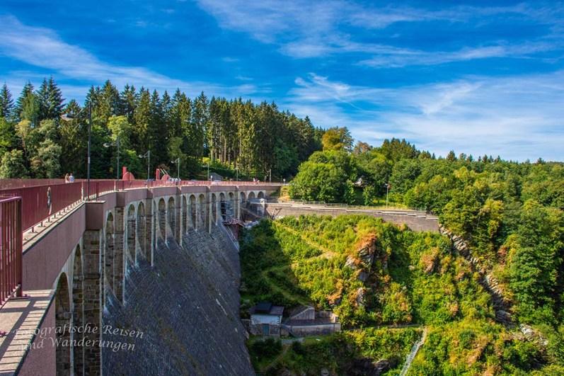 Hohes Venn_Wasserfall von Bayonne und Burg Reinhardstein (67)