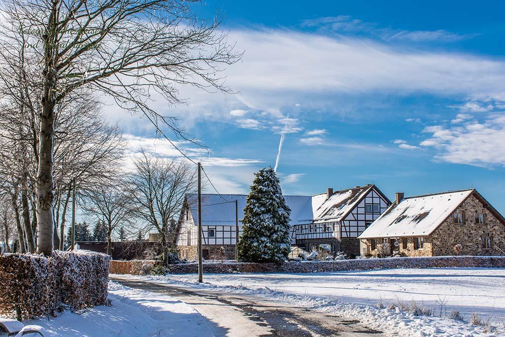 Mützenich das Schmugglerdorf - Auf in Das Königliche Torfmoor im Schnee