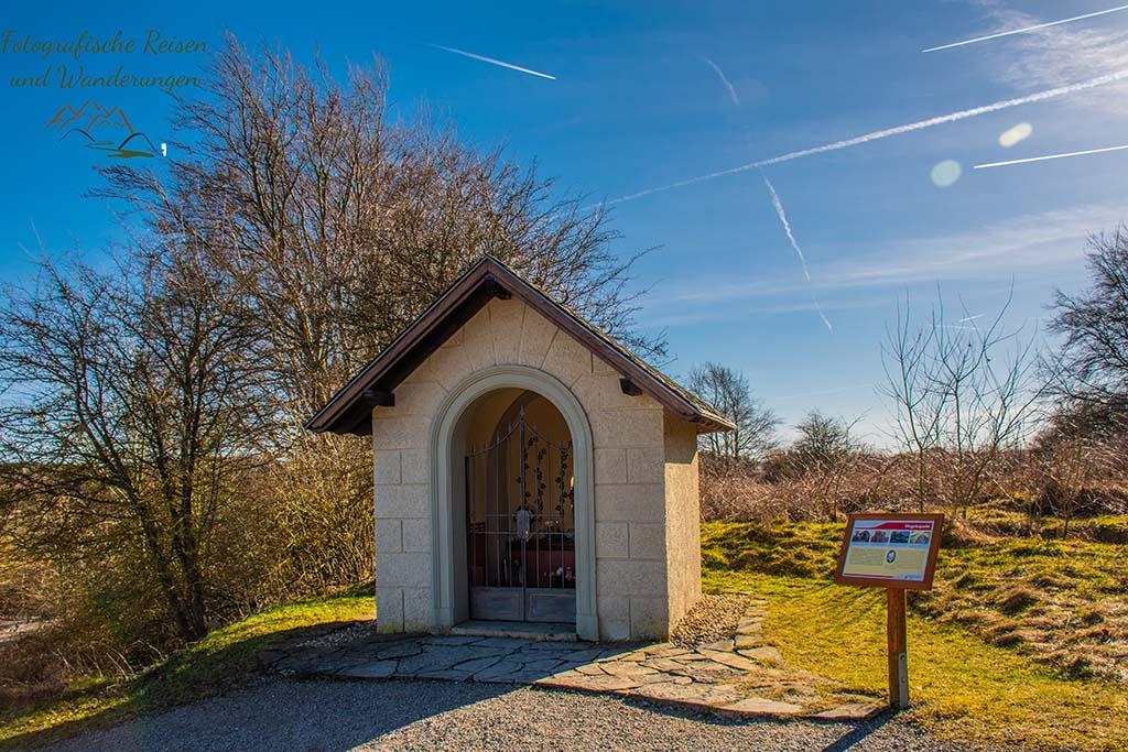 Wegkapelle zwischen Vogelsang und Wollseifen - Kleine Runde in die Geschichte